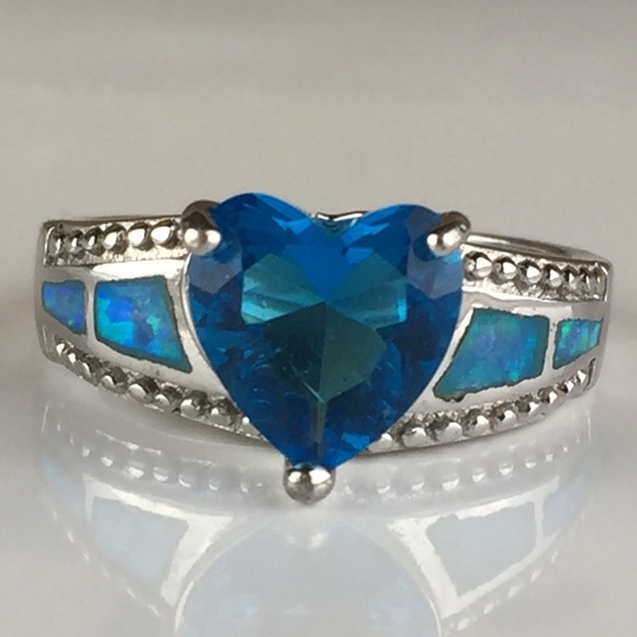 Jewelry - 925 Sterling Silver Blue Heart W/Side Inlay Ring